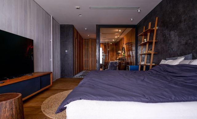 'Căn nhà gỗ giữa rừng Bắc Âu' ở Hà Nội đốn tim khách khó tính - 9