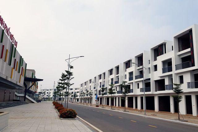 Khu đô thị và Thương mại Việt Trì hút khách mua nhà bằng sổ đỏ trao tay - 1