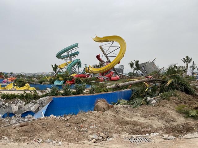 """Hà Nội: Công viên hàng trăm tỷ đồng """"chớp mắt biến thành đống đổ nát - 5"""